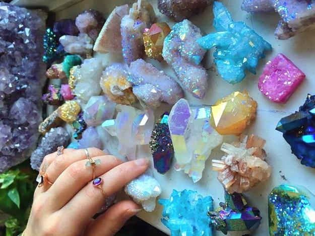 Виставка дорогоцінного каміння