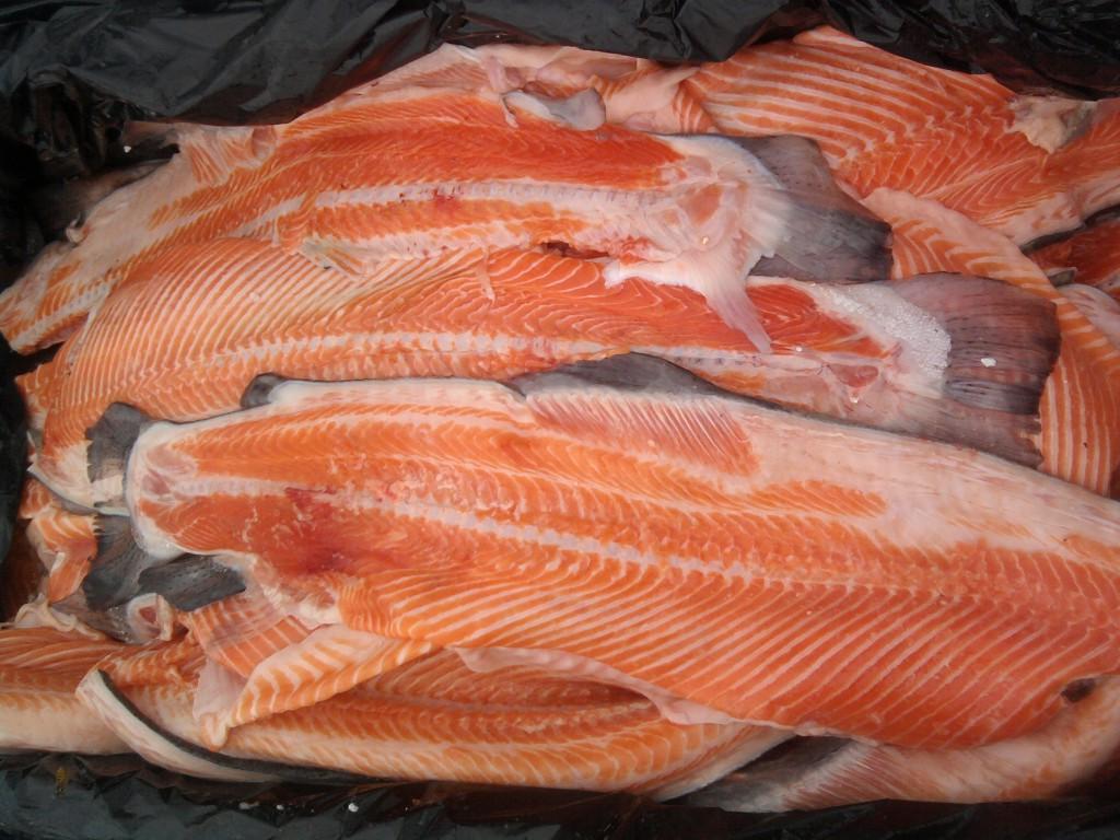 На Харківщині люди отруїлися червоною рибою