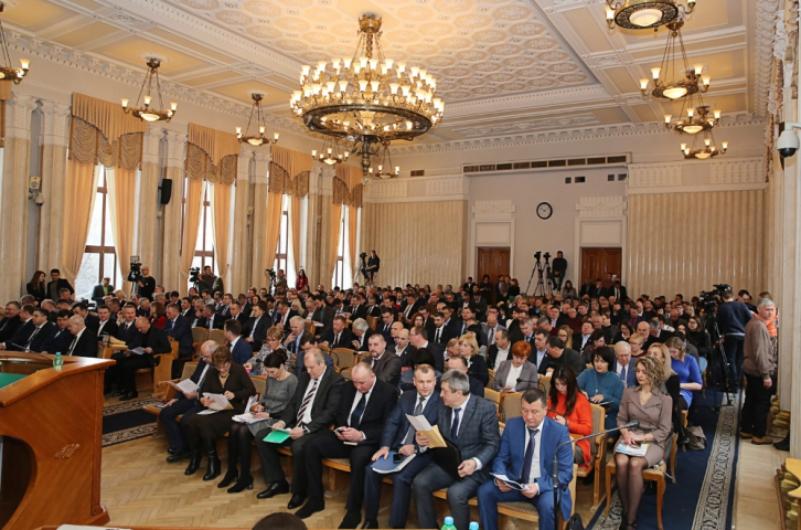 У Харкові пройшла «рекордна» сесія обласної ради