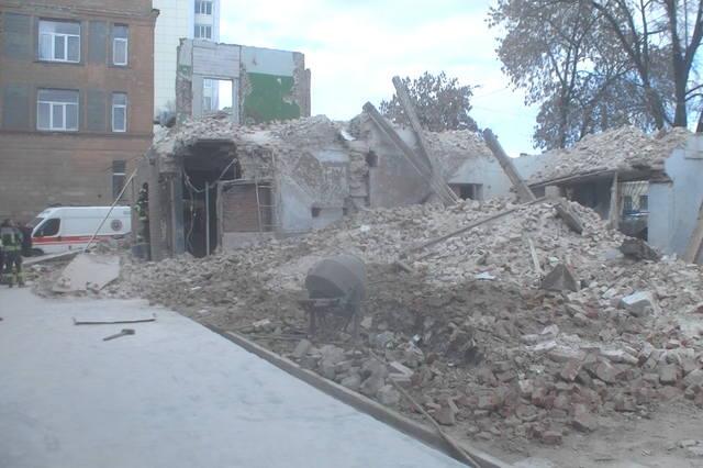 У Харкові обвалилася будівля під час демонтажу