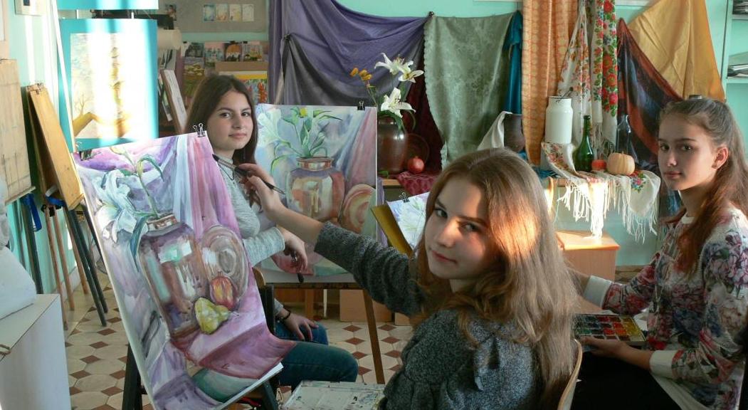 Виставка дитячої творчості «Весняні паростки»