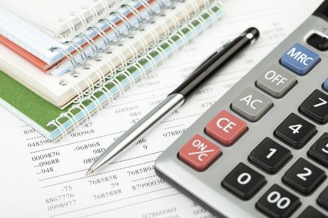 Підприємці і юристи – лідери оплати єдиного податку