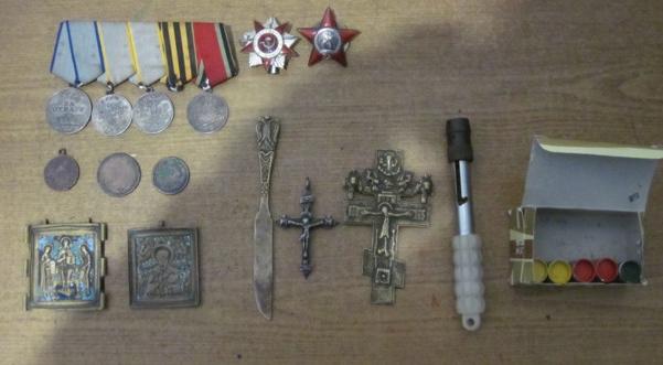 Харківські прикордонники зупинили контрабанду антикваріату