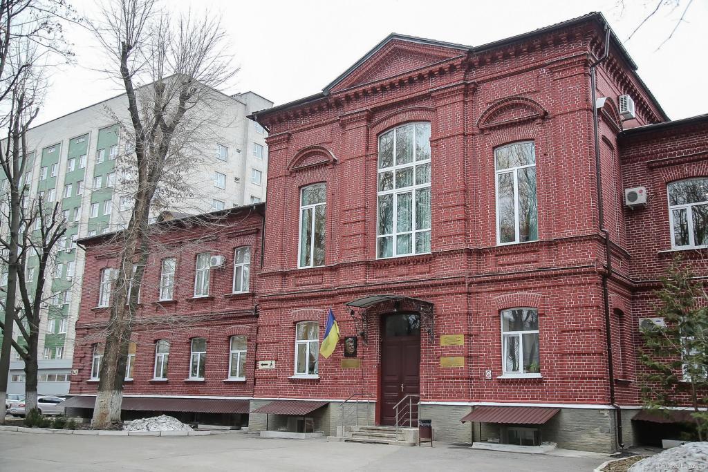 На Харківщині навчатимуть майбутніх батьків