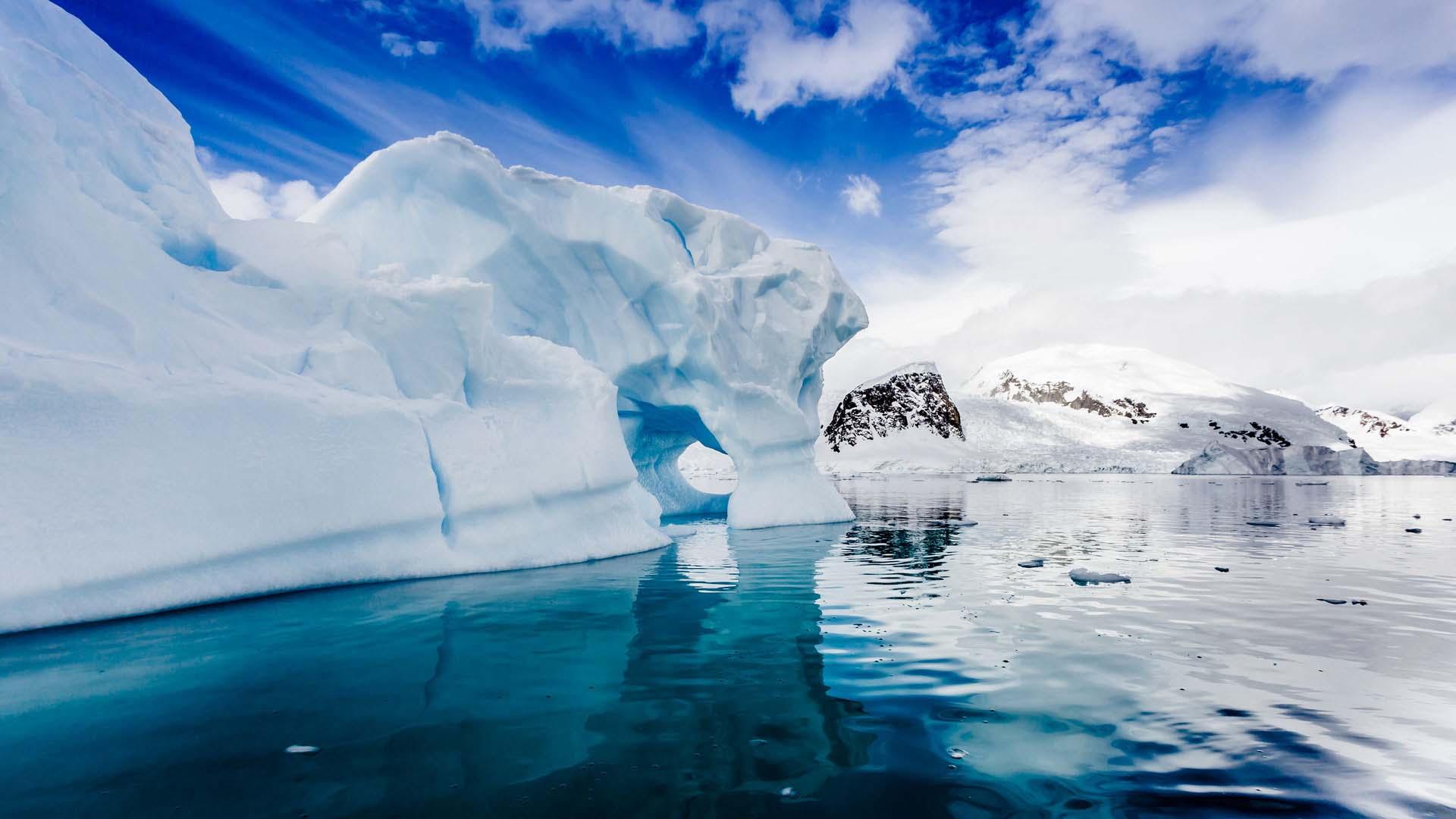 Сьогодні українська наукова експедиція вирушила до Антарктики