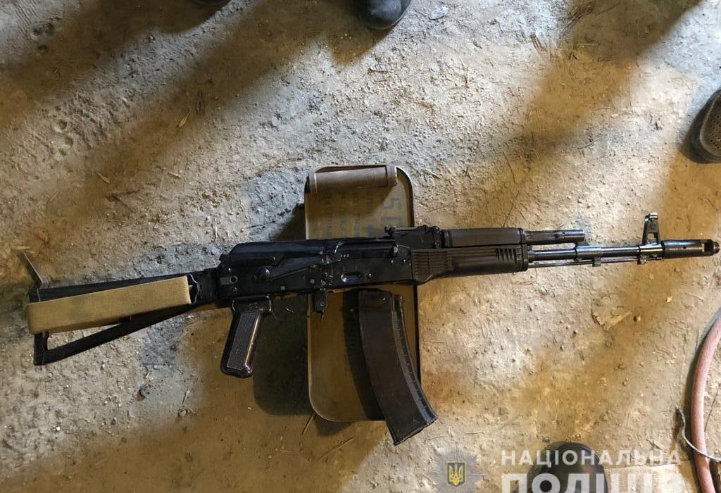 Автомат «АК-74» та понад 4 тисяч патронів вилучили у харків'янина