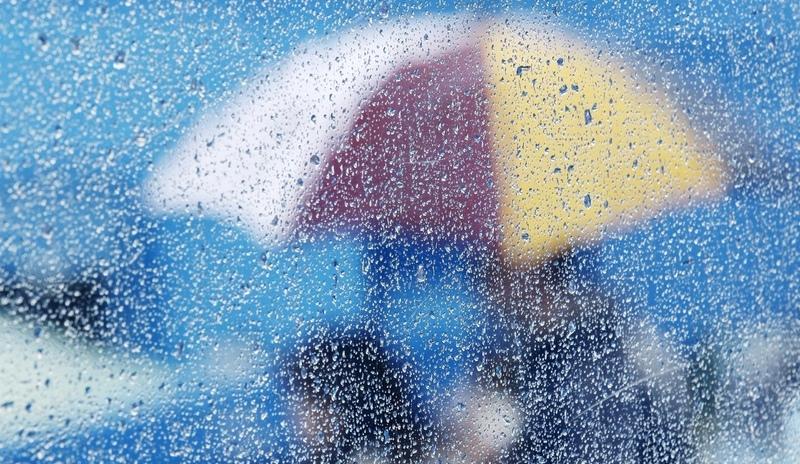 На вихідні прогнозують хмарну погоду та дощі