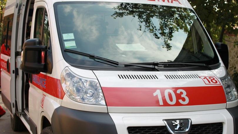 18-річний хлопець випав з вікна шостого поверху