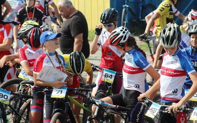 Харківські велосипедисти успішно виступили в Чернівцях